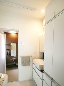 リフォーム後の浴室と洗面・洗濯室
